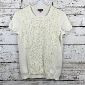 {VINCE CAMUTO} Lace Top Size XS